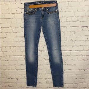 Bullhead Black denim skinniest jeans gold studs